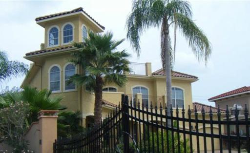 White Rock Custom Homes